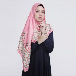 zoya-jilbab-satin-segi-empat
