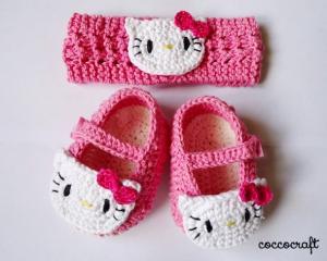 Sepatu_Bayi_Rajutan_Hello_Kitty