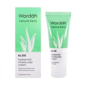 wardah_nature_daily_aloe_hydramild