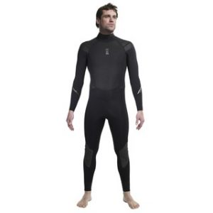 foto-rekomendasi-wetsuit-terbaik-untuk-menyelam-di-laut-Indonesia-7