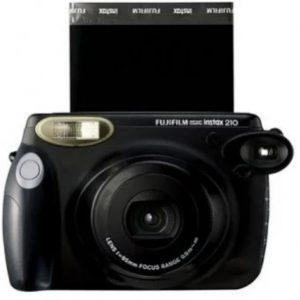 foto-rekomedasi-kamera-polaroid-untuk-anak-muda-08