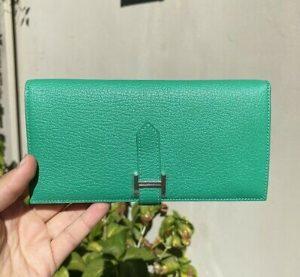 foto-dompet-branded-wanita-yang-bagus-dan-berkualitas-5